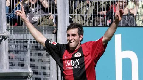 Hat im Trikot des SV Wehen Wiesbaden unter anderem zum legendären 4:3-Sieg über Köln beigetragen: Maximilian Nicu. Archivfoto: imago
