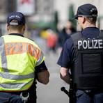 Für die Berichterstattung über Polizei lobt die Heinrich-Mörtl-Stiftung in diesem Jahr einen Journalistenpreis aus.  Foto: dpa