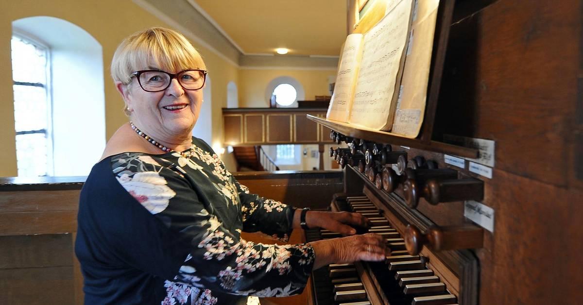 Organistin Ruth Schultheis in Monsheim geehrt - Wormser Zeitung