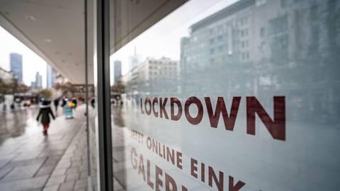 Durch die Änderung des Infektionsschutzgesetzes ist in weiten Teilen Deutschlands mit Ausgangsbeschränkungen und geschlossene Läden zu rechnen. Foto: dpa