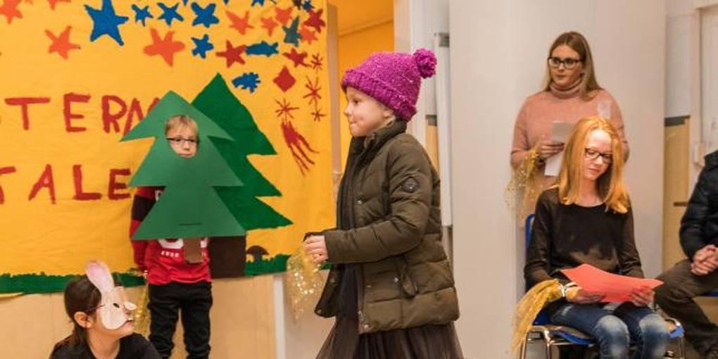 Weihnachtsfeier Theaterstück.Dlrg Jugend Weihnachtsfeier Mit Theaterstück Tombola Und Nikolausbesuch