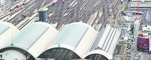 Die Kapazität des Frankfurter Hauptbahnhofs ist längst erschöpft. Foto: dpa