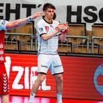 Total fokussiert: David Kuntscher (rechts) hat mit dem Bundesliga-Debüt im Dress von MT Melsungen einen weiteren großen Schritt in seiner Handballer-Laufbahn gemacht. Foto: Alibek Käsler