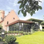 Heute ist die Burg Crass ein Restaurant mit gehobener Küche. Foto: RMB/Margielsky