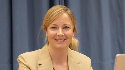 Natalie Kolb ist die neue Bauschheimer Ortsvorsteherin. Foto: Vollformat/Volker Dziemballa