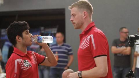 Chris Pfeiffer (rechts) formte schon bei Mainz 05 talentierte Spieler wie Kanak Jha. Nun macht der Westerwälder dies auf Bundesebene. Archivfoto: hbz/Jörg Henkel