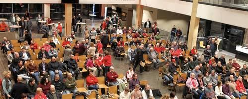 Gut gefüllte Reihen: Beim Fan-Talk des FSV Mainz 05 kamen mehr als 200 Interessierte zusammen. Foto: hbz/Jörg Henkel