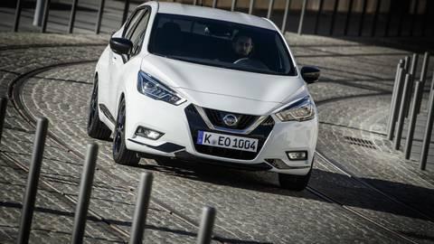 Bereits optisch weist die N-Sport-Ausführung des Nissan Micra auf seine dynamischen Qualitäten hin. Foto: Nissan