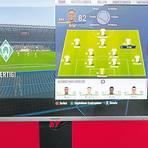 E-Football vor dem Bildschirm erfreut sich auch im Vogelsberg großer Beliebtheit.   Foto: dpa/Archiv