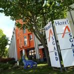 Es fehlt an Buchungen. Das Asgard-Hotel bleibt vorerst bis zum 30. April dicht. Foto: BilderKartell/Ben Pakalski