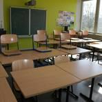 Die Klassenräume bleiben im Landkreis Limburg-Weilburg auch nach den Osterferien leer.  Symbolfoto: Mittler