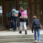Der Wechselunterricht für die Klassenstufen eins bis sechs in Hessen startet am Montag. Archivfoto: dpa