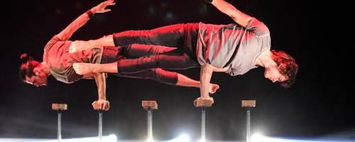 Synchron und atemberaubend: das Duo Ignatov/Ganzyuk aus der Ukraine beim Feuerwerk der Turnkunst in Wetzlar.  Foto: Katrin Weber