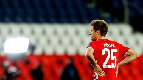 """""""Wenn dir einfällt, dass du die Englische Woche nicht getippt hast ..."""": Das passiert selbst Stars wie Thomas Müller vom FC Bayern hin und wieder. Foto: Sebastien Muylaert/dpa"""