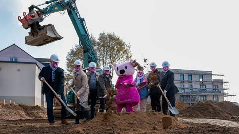 Nach drei Jahren Planung geht es los mit dem Erweiterungsbau des Kinderhospiz Bärenherz. Foto: Jörg Halisch