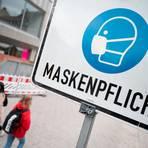 Der Corona-Stab des Landkreis Marburg-Biedenkopf hat am Dienstagmittag ein Alkoholverbot sowie eine Maskenpflicht für besonders frequentierte öffentliche Bereiche beschlossen. Symbolfoto: dpa