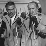 """Nach diesem ersten Besucherrekord erreichte das Phänomen Edgar Wallace 1964 mit """"Der Hexer"""" mit Sophie Hardy, Joachim Fuchsberger und Siegfried Lowitz (von links nach rechts) einen weiteren Zenit. Fotos: dpa"""