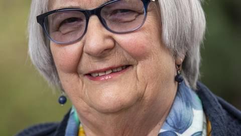 Hildegard Saltzer geht in ihre zweite Amtszeit als Seniorenbeauftragte von Gernsheim. Foto: Vollformat/Robert Heiler